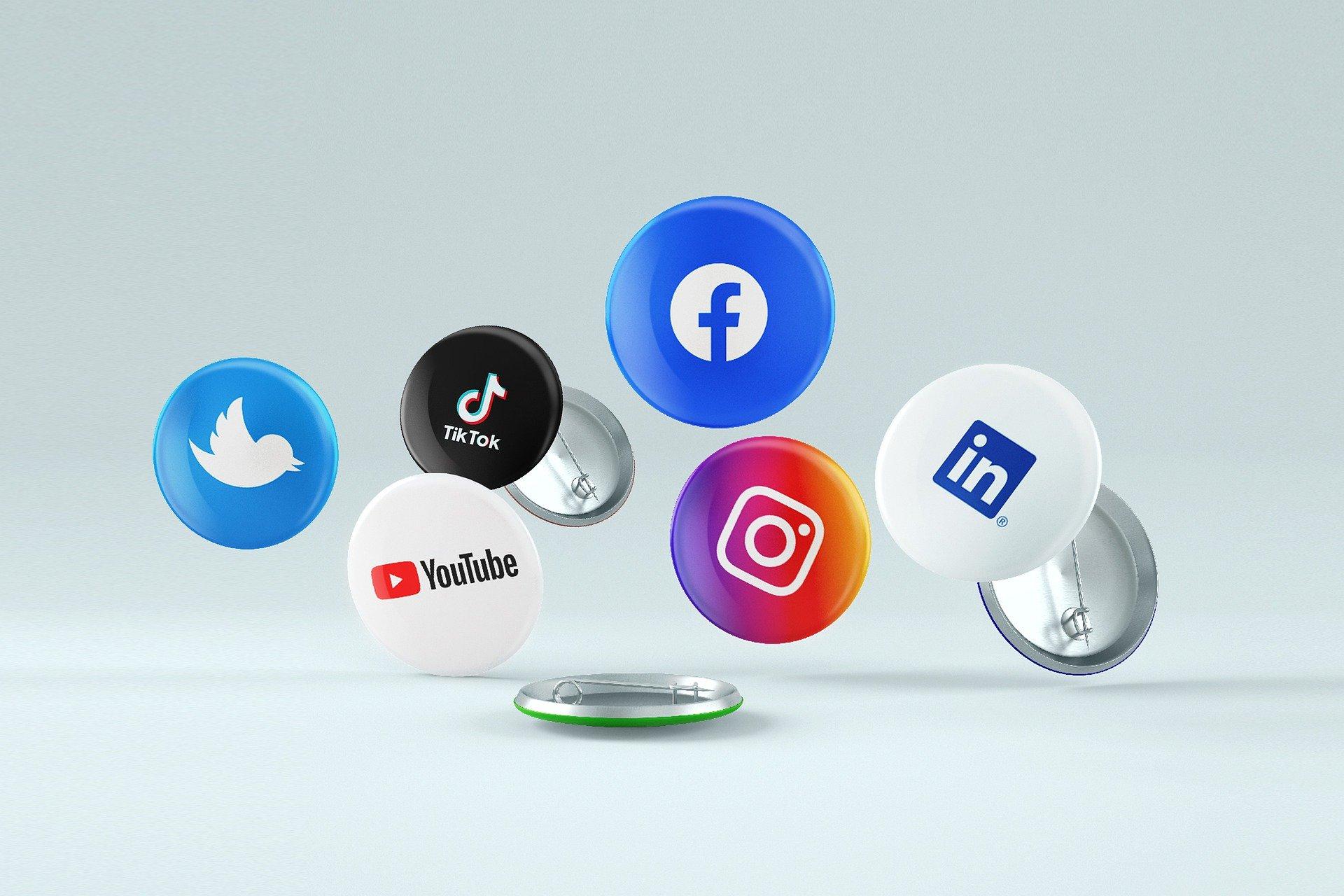 social-media-6363633_1920